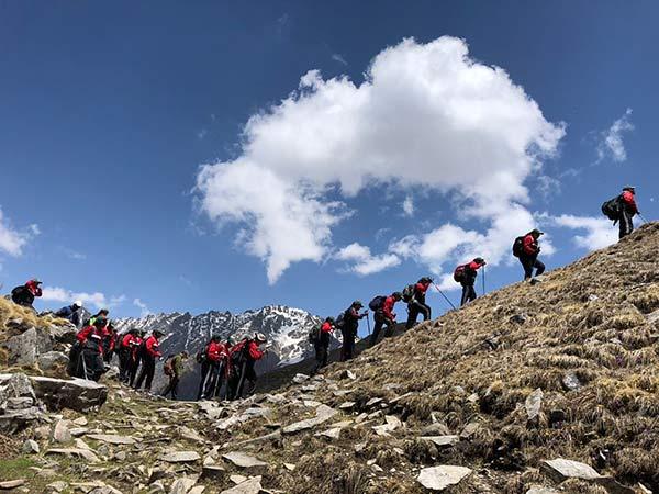 women's from Mysuru trekked to Mount Baradasar: Himalaya