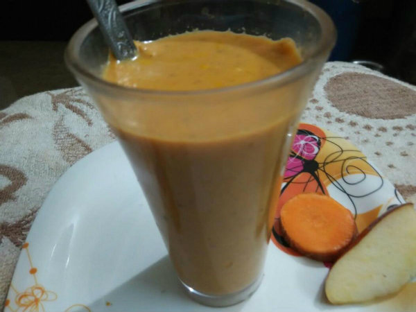 How to prepare Apple and carrote smoodhi
