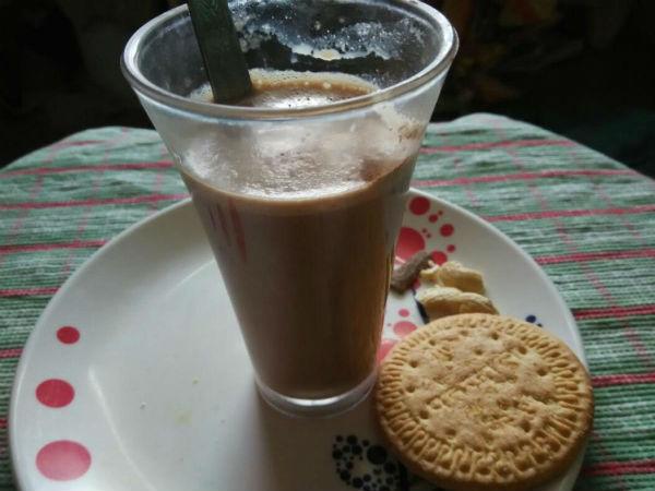 How to prepare Biscuits Chocolate milk shake Smoodhi recipe